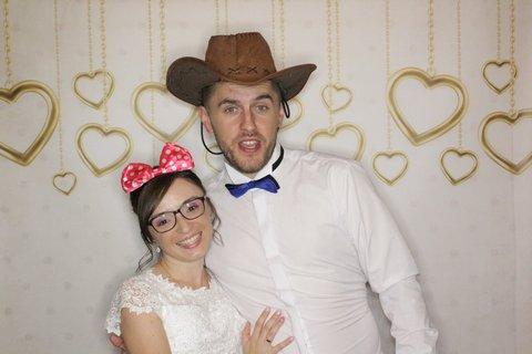 budka-fotograficzna-na-weselu